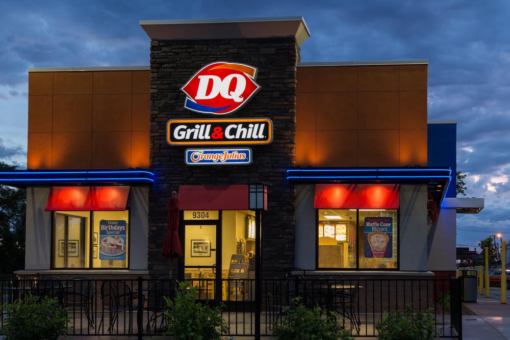 dairy queen fast food restaurant