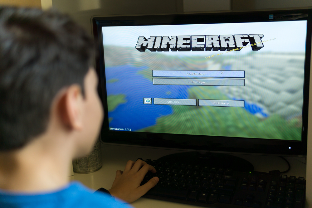 playing minecraft on pc