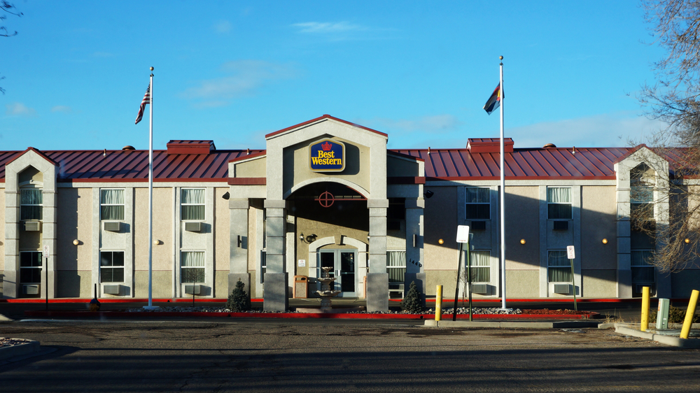 Best Western hotel under the blue sky in Colorado Springs