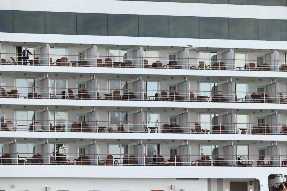 Regent Cruise ship passenger rooms