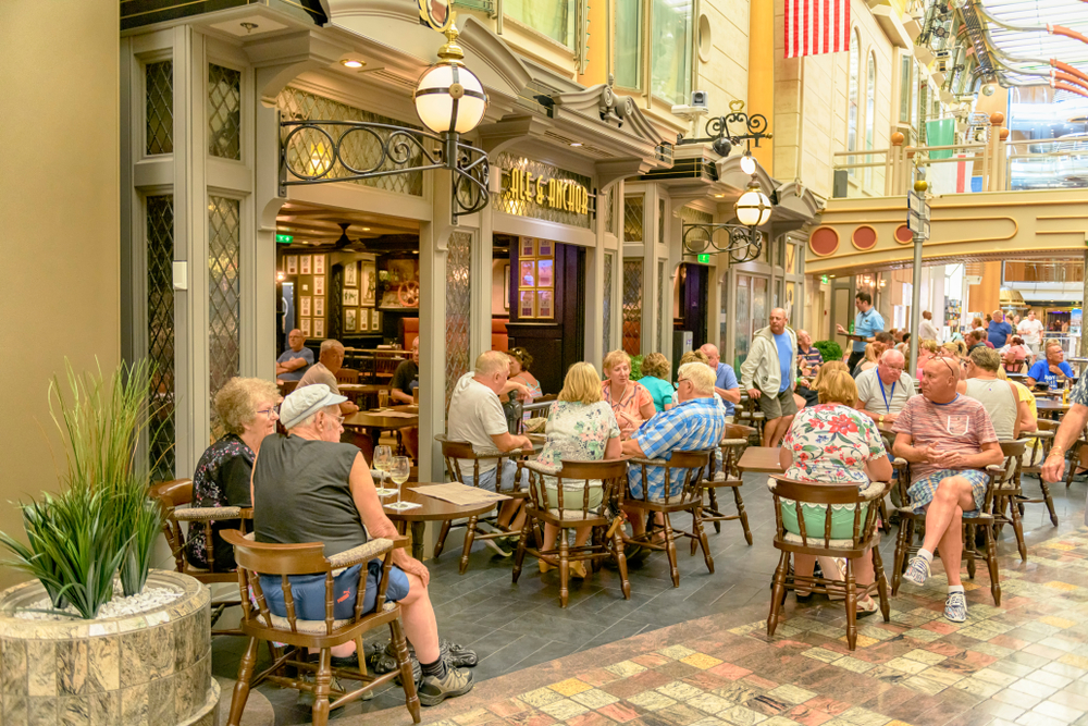 Royal Caribbean cruise ship Independence of the seas. Ale and anchor pub.