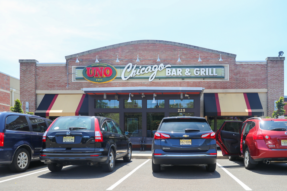 Uno Pizzaria & Grill discount for seniors