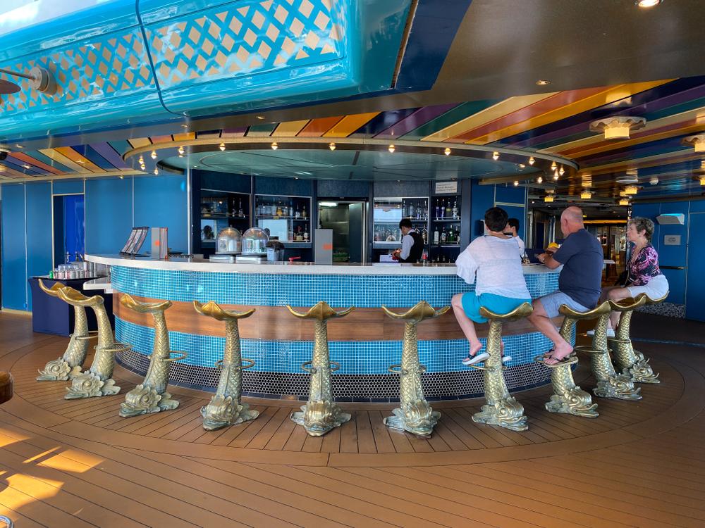 senior citizens at cruise ship bar on carnival cruises
