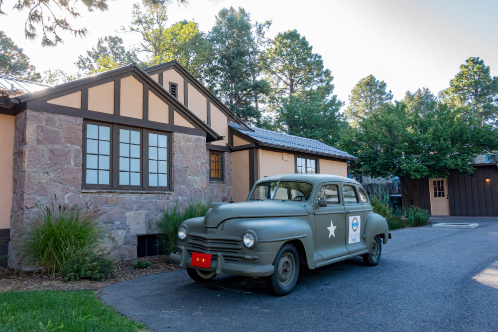 Exterior view of the Los Alamos History Museum