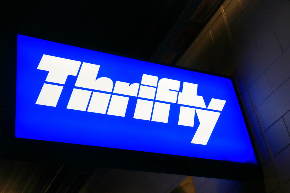 Thrifty car sign