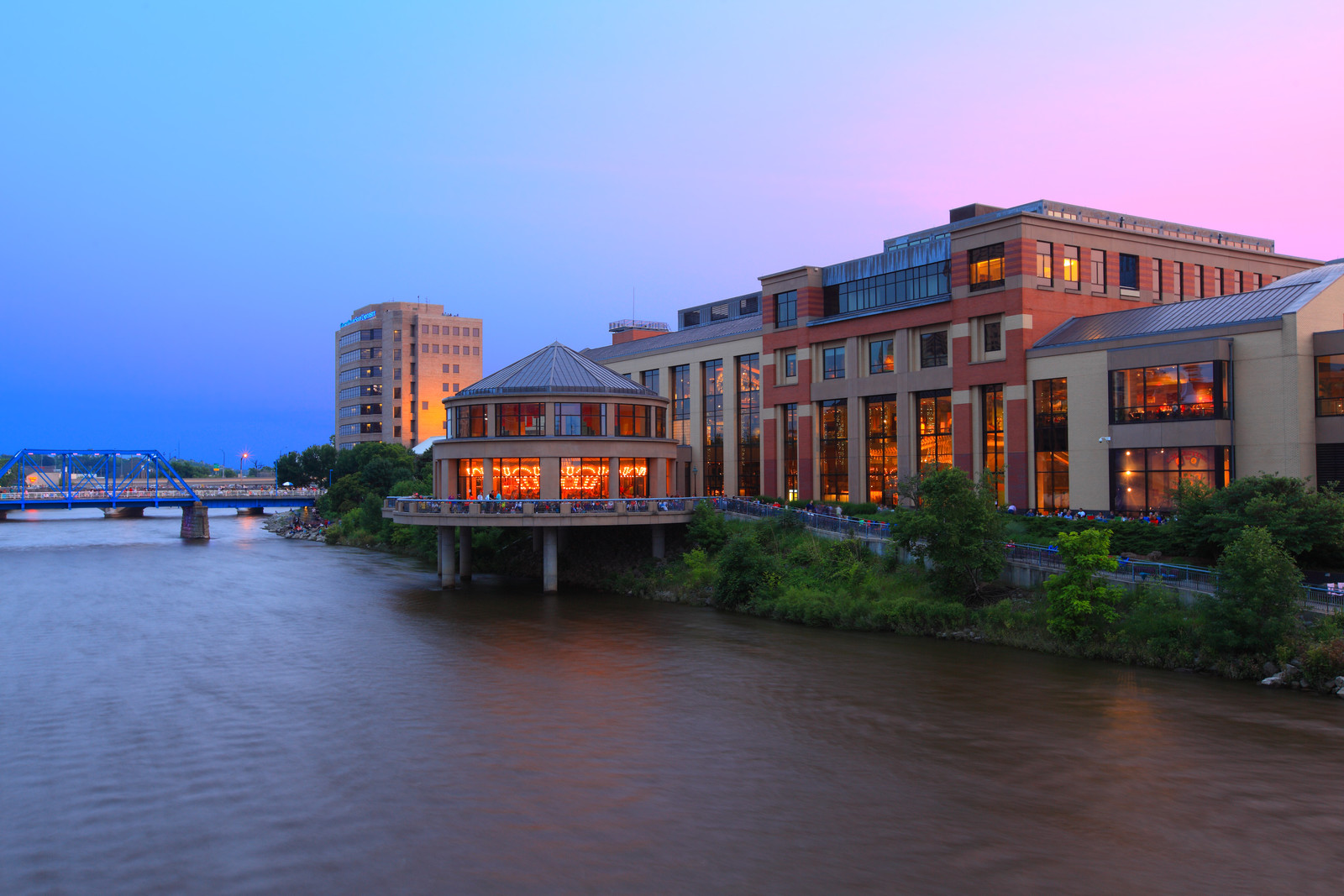 Unique architecture design in grand rapids overlooking the grand rapids river at sunset