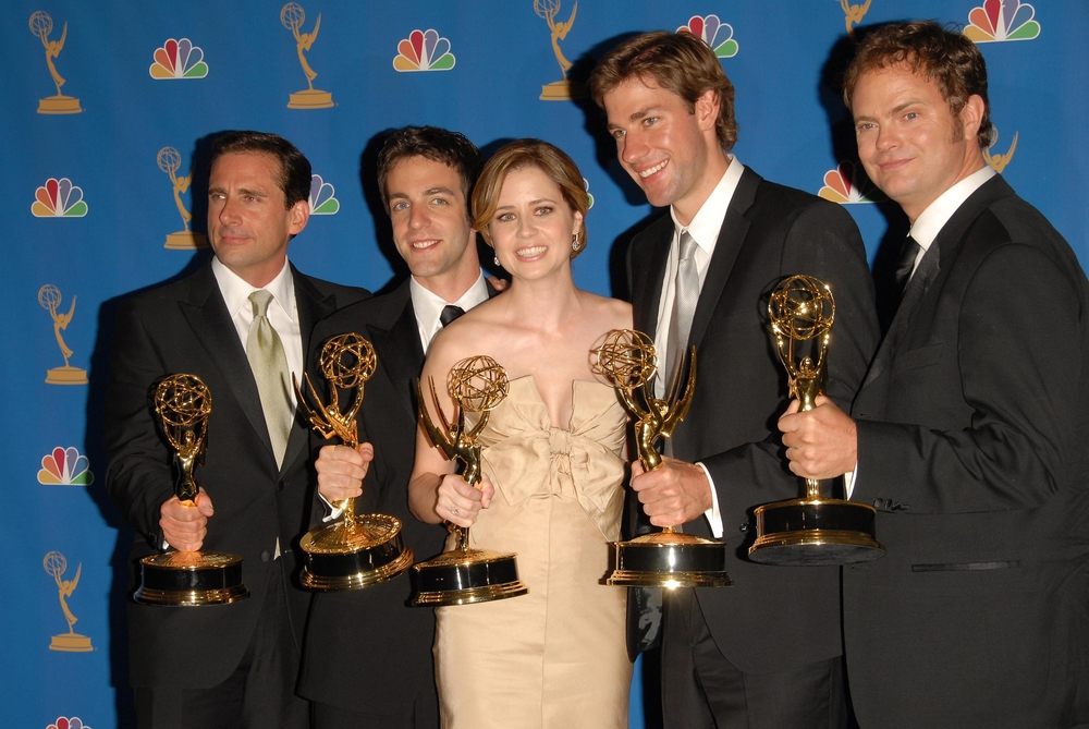 Cast of The Office holding awards