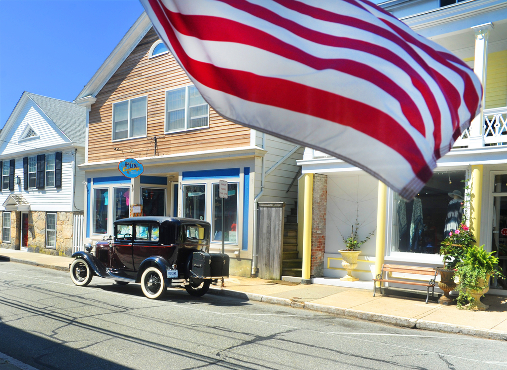 An American flag and vintage car in Stonington