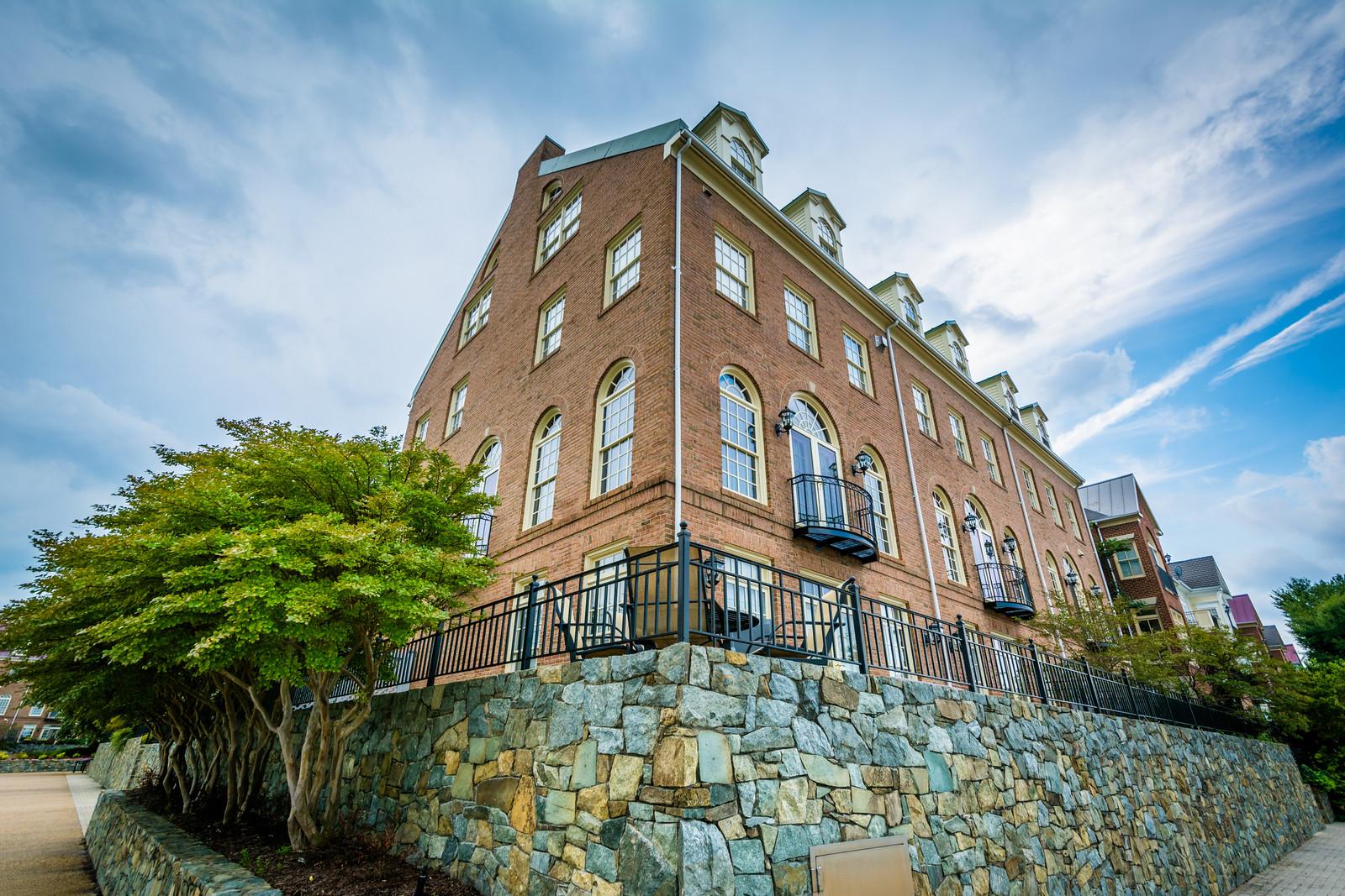 Brick apartment building in Alexandria Virginia
